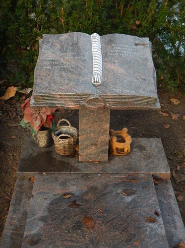 Jorna & de natuursteenwinkel grafmonument